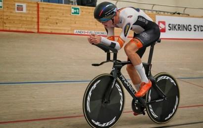 Mathias Norsgaard kørte 52.061 meter på en time