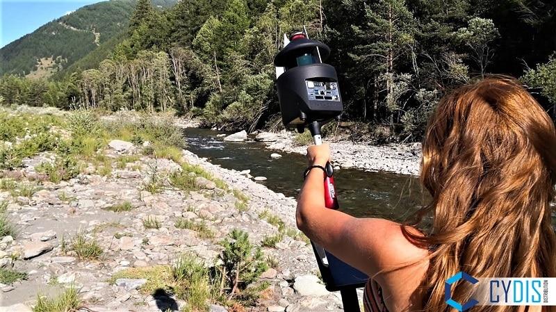 Relevé d'une rivière avec le scanner PX-80
