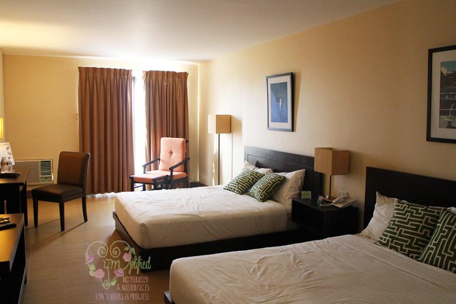 hotel kimberly room