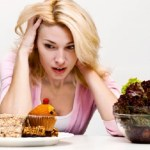 5 Ways To Stop Mindless & Emotional Eating