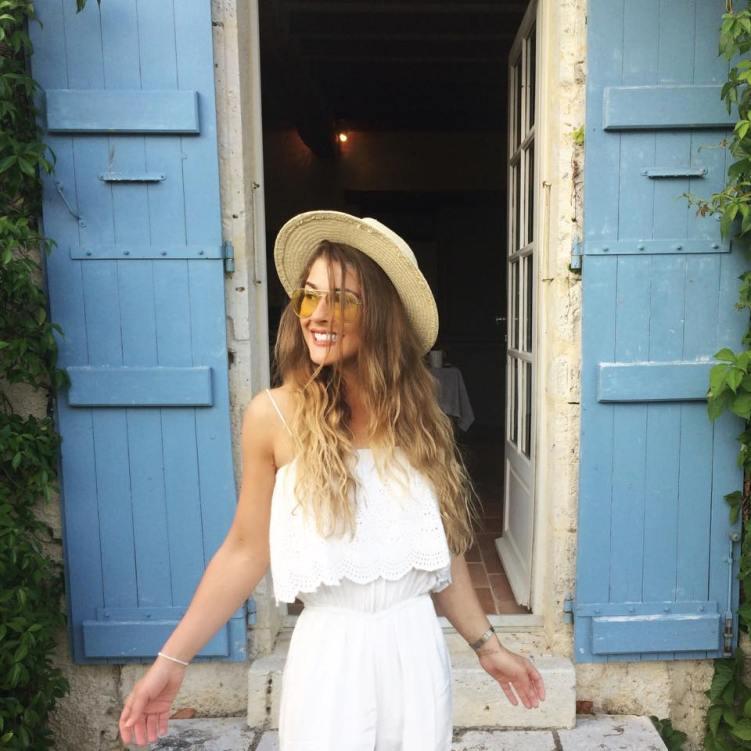 Lifestyle Blogger Cyntra