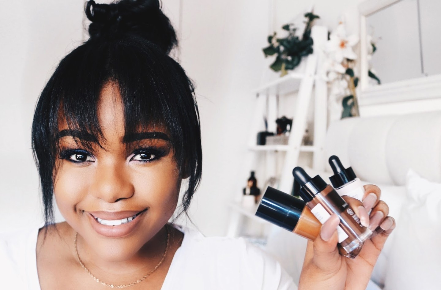 The Body Shop Fresh Nude Foundation + Shade Adjusting Drops