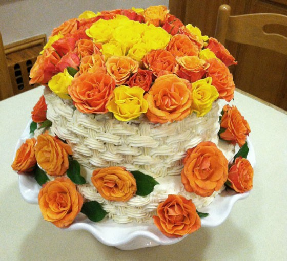 tiered cake with roses