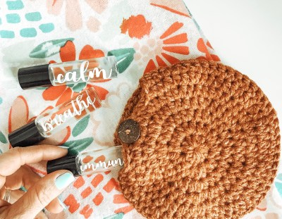 Circle Mini Pouch – Free Crochet Pattern