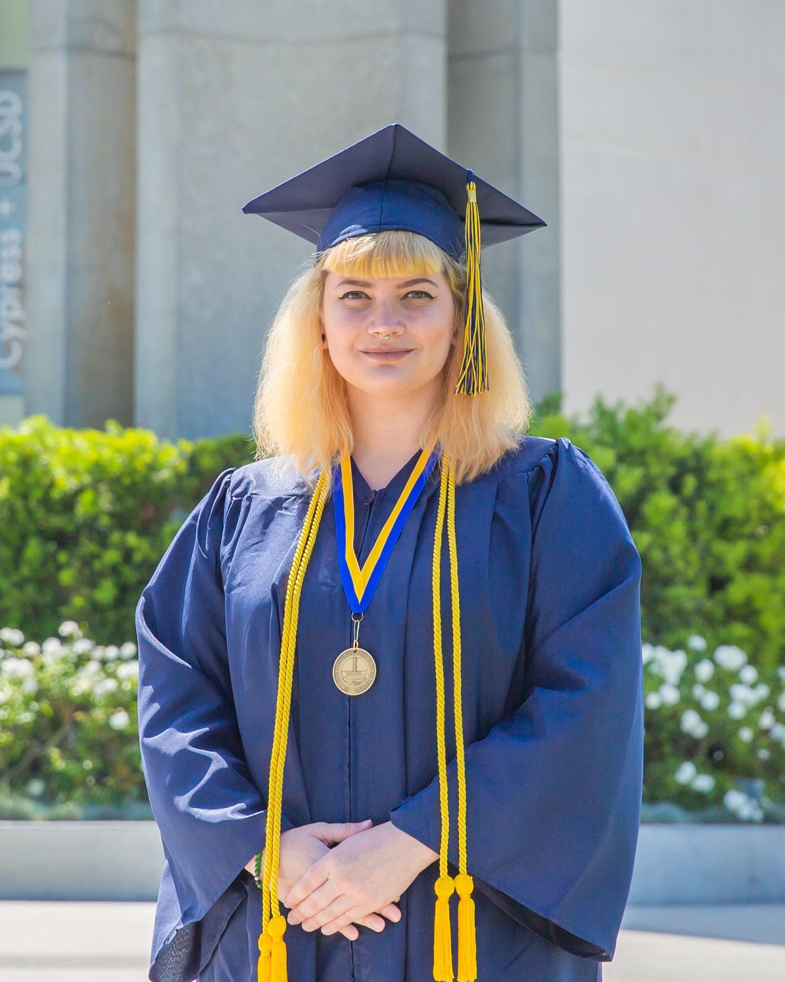 Presidential Scholar of Distinction, Sarah Queneau, Social Sciences