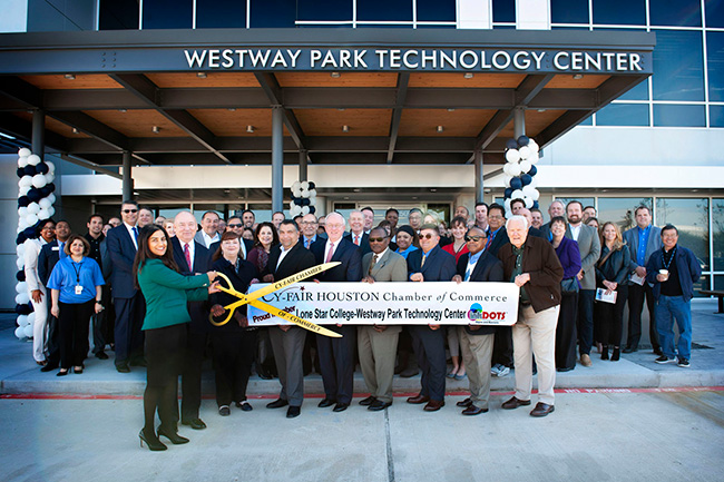 Lsc Cyfair Celebrates New Center For Excellence Designed For It And