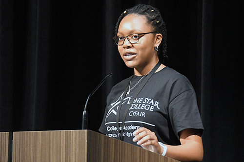 Cypress Park High School freshman Chisom Ezuma-Ngwu expresses her appreciation in being among those selected to participate in the newly-established College Academy during a celebration March 27 at the three-year-old campus. Academy participants joined officials and administrators from both Cypress-Fairbanks ISD and Lone Star College—CyFair throughout March and April in officially kicking off the program and expanding the partnership at Cypress Park, Cypress Ridge, Cypress Woods and Langham Creek high schools. (CFISD courtesy photo)