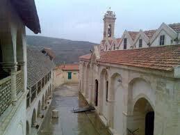 Εκκλησία Τιμίου Σταυρού Ομόδους Πηγή: Ιερά Αρχιεπισκοπή Κύπρου