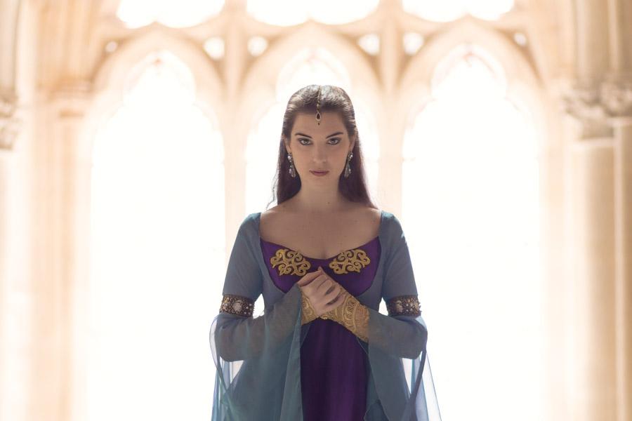 séance photo au château sur le thème Morgana Pendragon de Merlin