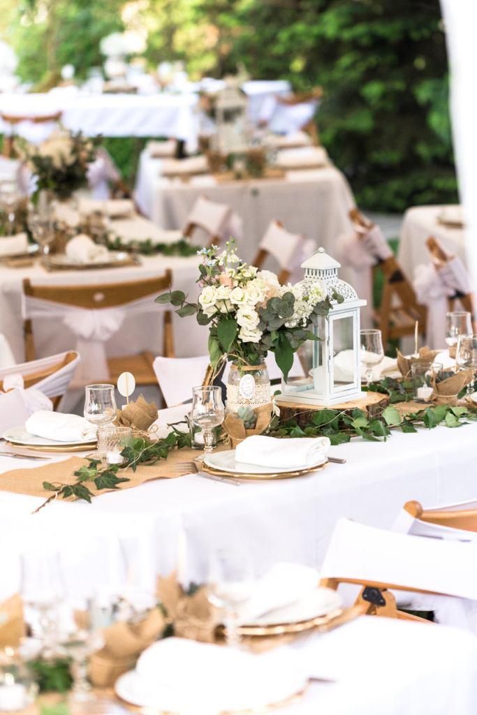 Décoration de table de mariage au Jardin le Point du Jour à Verdelot