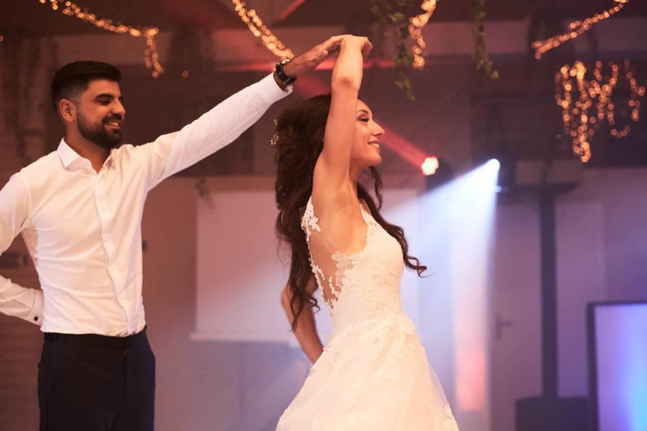 Les Hirondelles Mariage soirée première danse