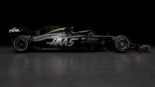 Prezentacja Haas F1 Team VF-19 bok