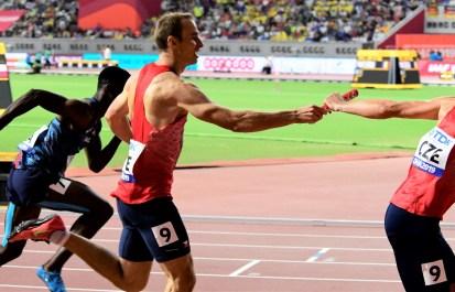 štafeta 4x 400 m muži rozběh MS (7)