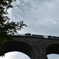 parní vlak na viaduktu Žampach