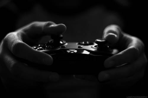 新型Xboxまもなく発売1年も…早くも市場から消えてる!? PS5は入手困難続くの画像1