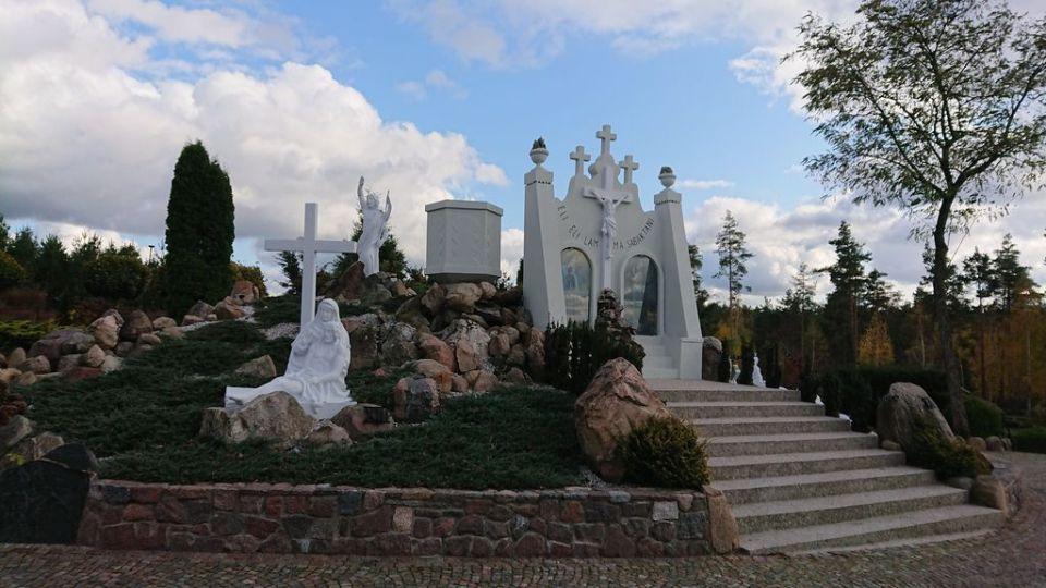 Droga Krzyżowa, sanktuarium Święta Woda, uzdrowienia, Matka Boża Bolesna