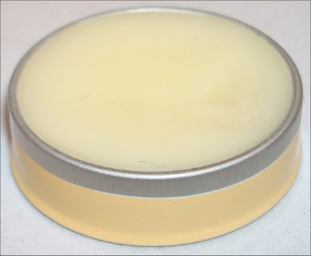 cuticle_cream