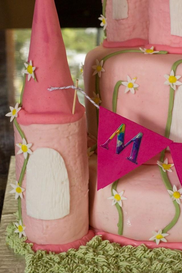 Mila's cake 0135