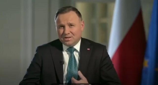 Szczepienia dobrowolne? – Andrzej Duda jest za a nawet przeciw.