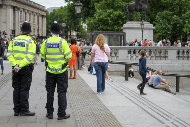 Faszyzm w UK.  Najście policji na naszego redakcyjnego kolegę.