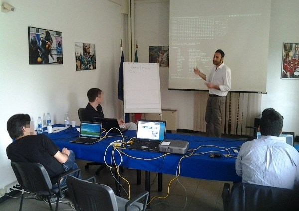 Gianni Amato descrive l'uso di tools per l'analisi statica
