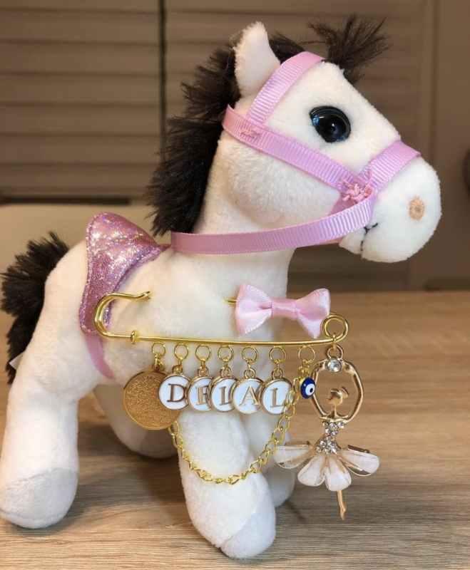 Anstecknadel Pferd weiss Babygeschenk