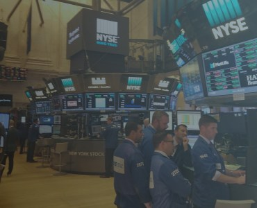 NYSE floor trading image