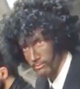 man wears blackface for halloween is confronted by woman in the london tube