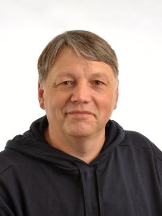 1. Vorsitzender Rainer Keil Tel.: 06104-78 22 46 Fax: 0391-5 80 12 47 65 Email: rainer.keil@da-verdi.net