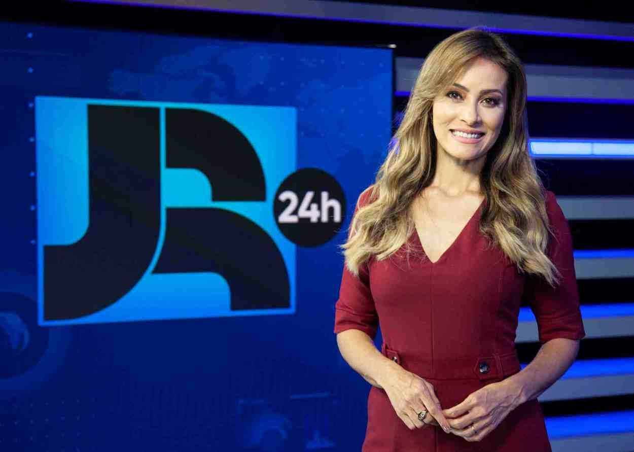 PATRICIA COSTA, APRESENTA JORNAL DA RECORD 24 HORAS JR 24 NA RECORD TV EDU MORAES
