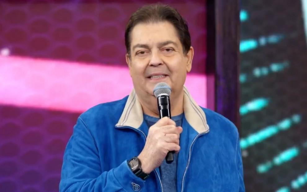 Fausto Silva deixa a Globo e assina com a Band