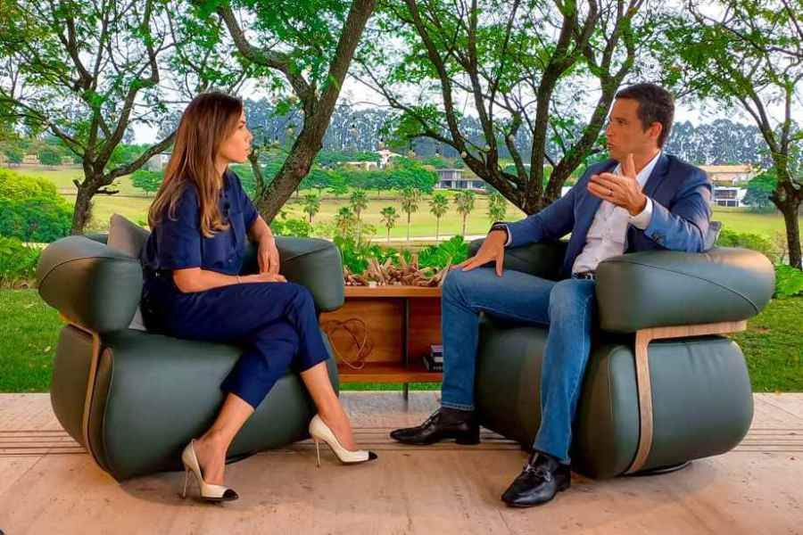 Patrícia Abravanel entrevista presidente do BC sobre segurança do PIX