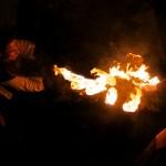 Marché Noel Provins, sabre éventail feu