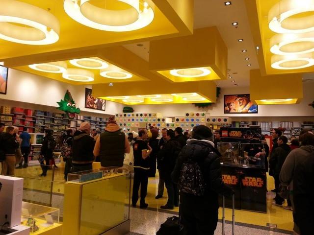 Ouverture LEGO Store Disney