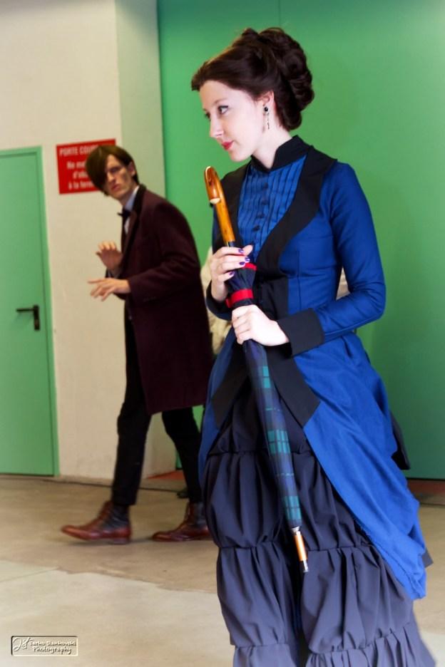 Clara, le parapluie et le Docteur