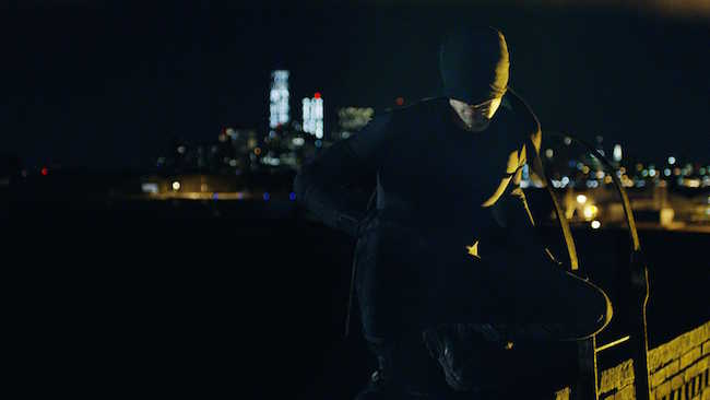 Daredevil protégeant Hell's Kitchen, quartier mal famé de New York (Netflix)