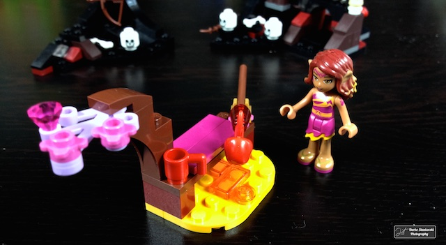 La construction du Feu Magique d'Azari