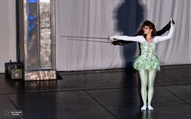 La danseuse et son ombre