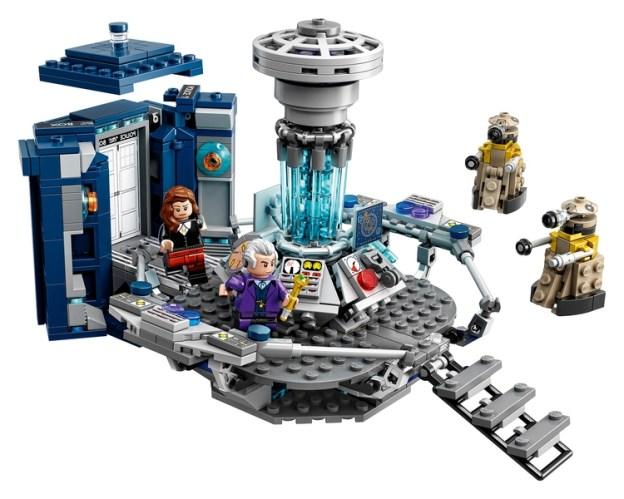 L'intérieur du TARDIS LEGO Ideas (LEGO)