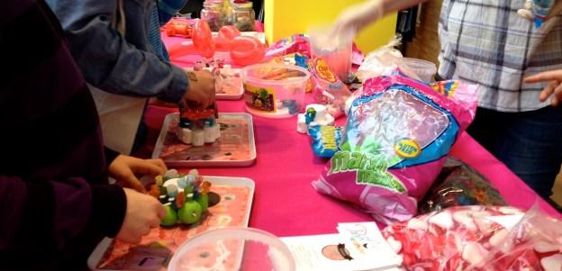 Un atelier bonbon qui fait regretter de ne pas être venu avec les Kidz... (D.Stankovski)