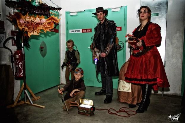 L'imaginaire et la créativité s'entretiennent aussi en famille au Salon Fantastique où on chasse les fantômes en vapeur (D.Stankovski)