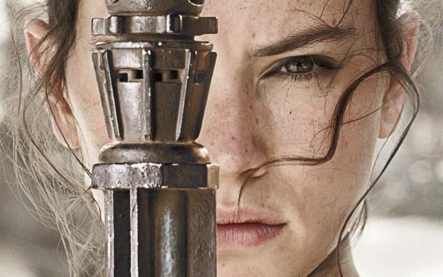 Rey n'est pas une demoiselle en détresse mais la vrai héroïne de cet épisode.
