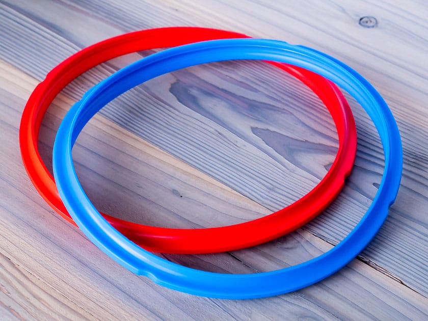 Instant Pot Silicone Sealing Rings in Red and Blue | DadCooksDinner.com