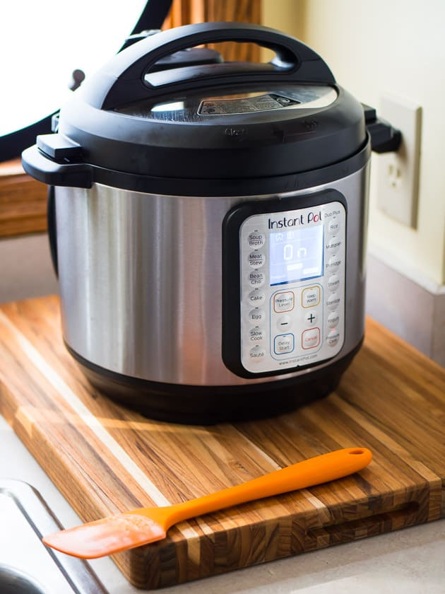 Which Instant Pot Should I Buy? There are a lot of different Instant Pots - what's the difference, and which one do I recommend?   DadCooksDinner.com #InstantPot