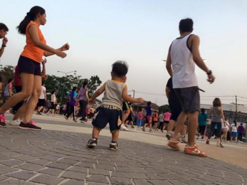 เด็กสร้างน้ำใจได้ด้วยการเต้น