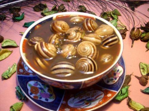 أكلات لمواجهة البرد: حساء الحلزون «شبغلال» نموذجا