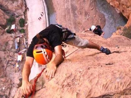 كيف حول أبناء مضايق تودغة المنطقة إلى «حلبة» لتسلق الجبال