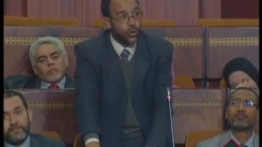 صدقي ينتقد وزارة بلمختار على التستر عن المناصب الشاغرة