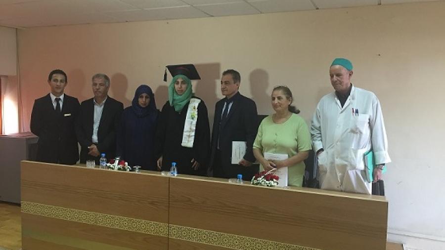 فاطمة أمقران، من دوار أيت موتد ببومالن دادس، تحصل على شهادة الدكتوره في الطب بامتياز