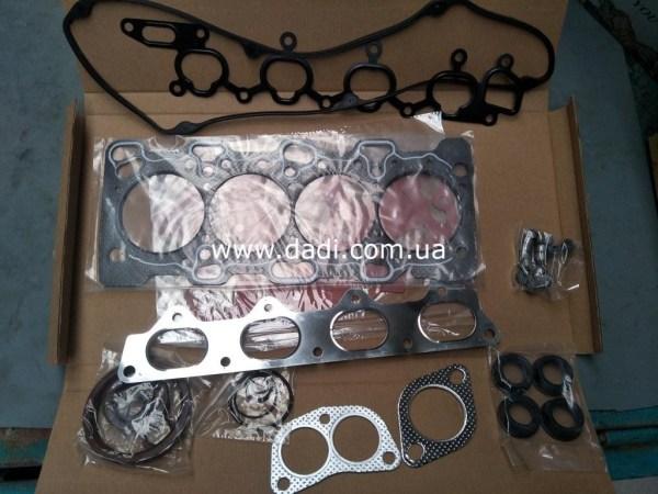 Прокладки двигуна mitsubishi 2,4i (4G64) комплект/ прокладки двигателя, к-кт.-0